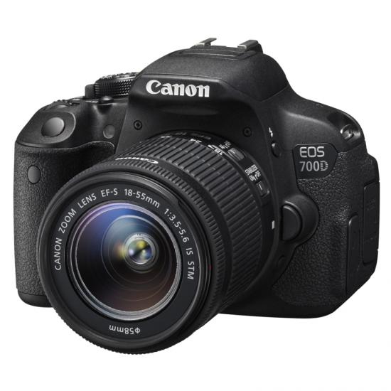 CAMARA CANON EOS700D REFLEX 18-55 IS STM